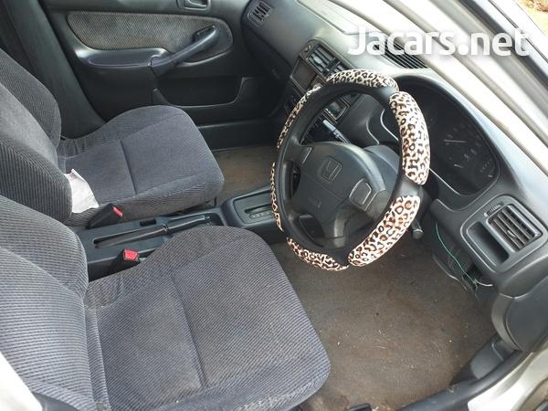 Honda Civic 1,6L 1998-3