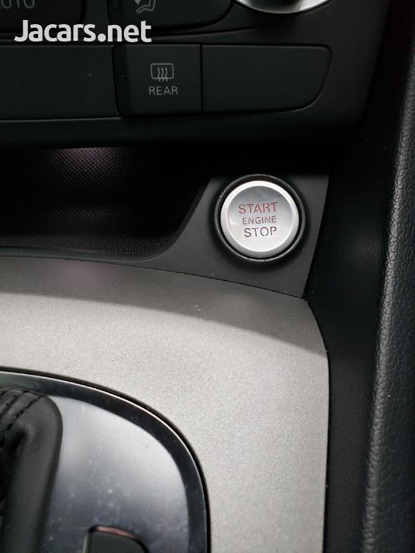 Audi Q3 2,0L 2013-8