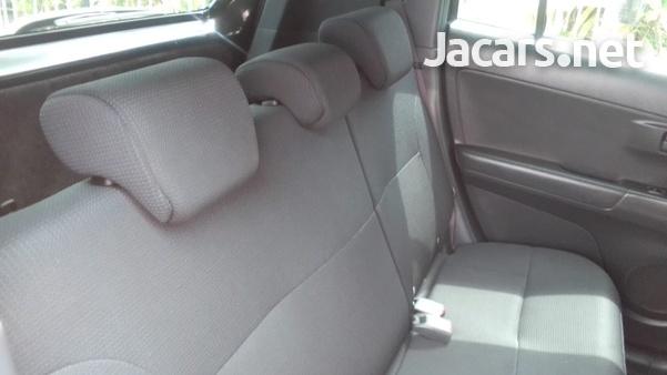 Toyota bB 1,5L 2014-3