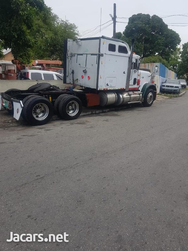1998 International 9300 Tractor Trailer Head-4