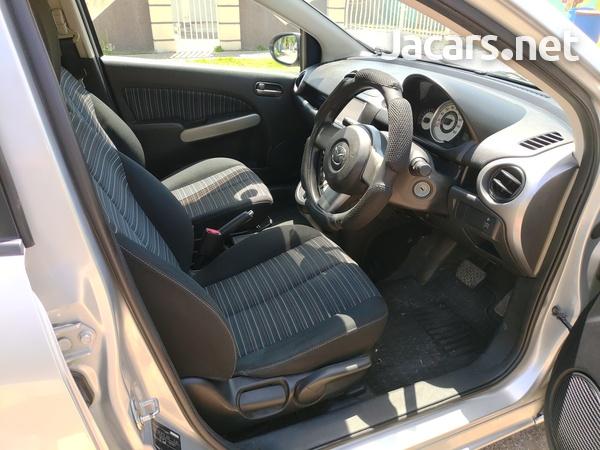 Mazda Demio 1,3L 2009-5