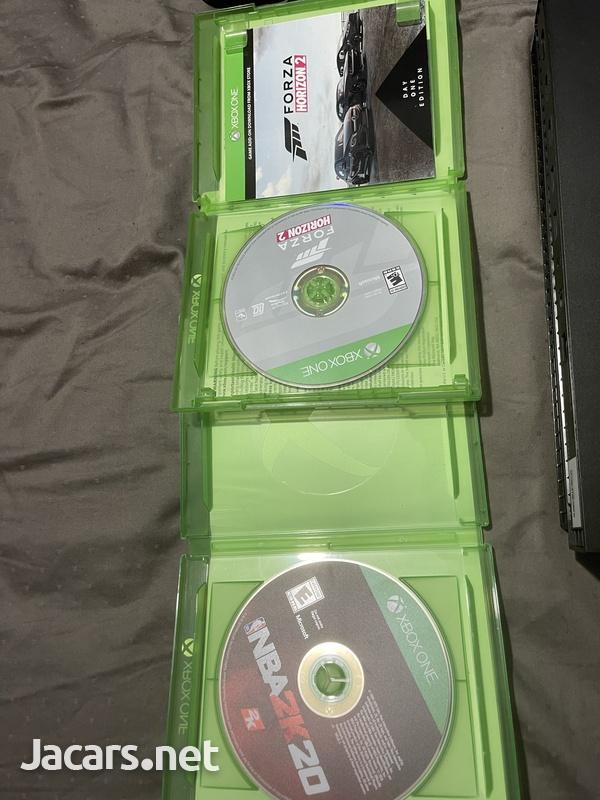 Xbox one x-3