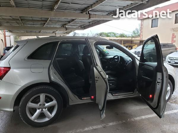Audi Q5 2,0L 2013-5