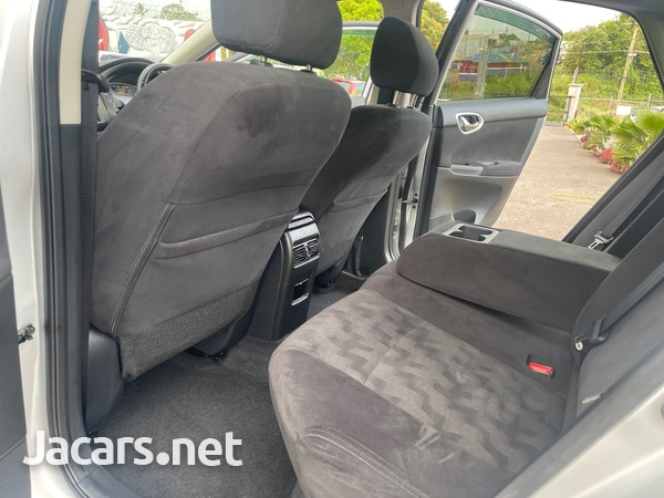 Nissan Sylphy 1,8L 2015-8
