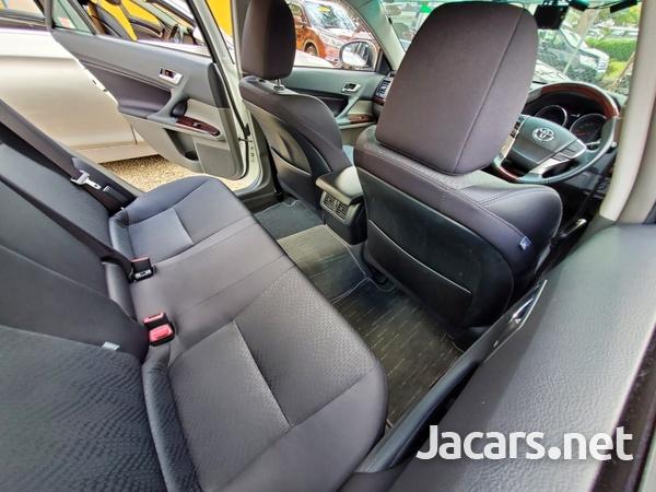 Toyota Mark X 2,4L 2012-6