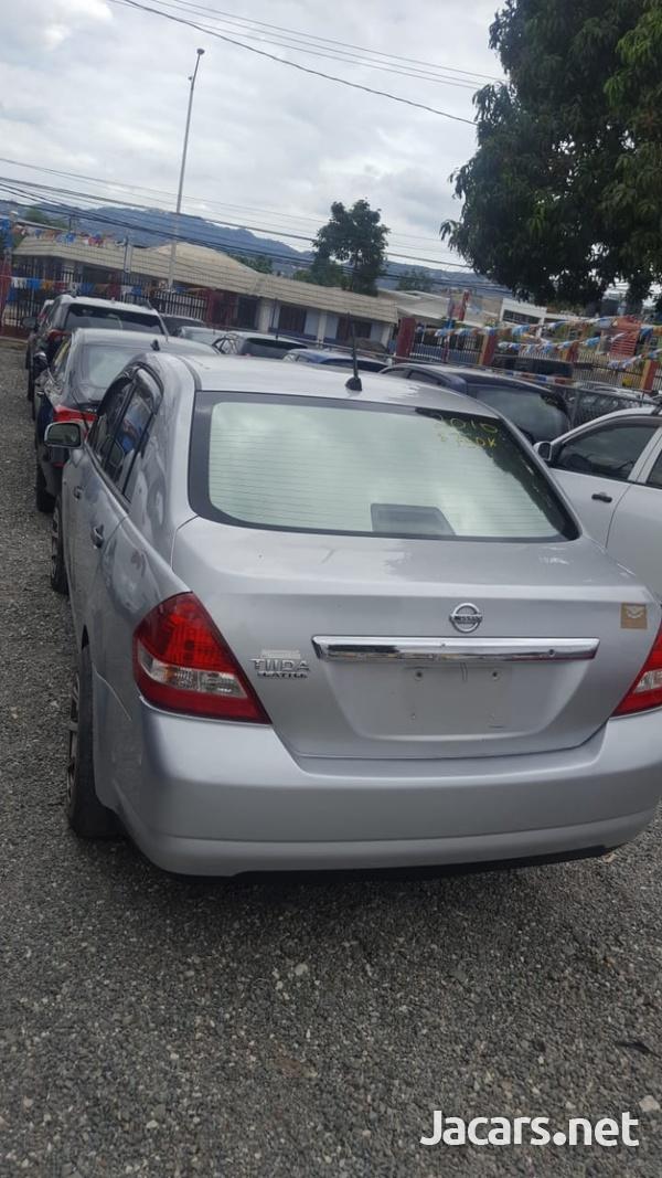 Nissan Tiida 1,6L 2010-1