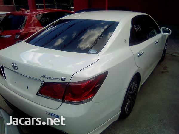 Toyota Crown 2,5L 2013-2