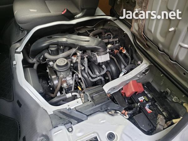 Toyota Hiace 2,5L 2014-10