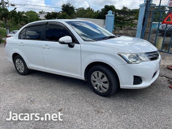 Toyota Axio 1,5L 2013-3