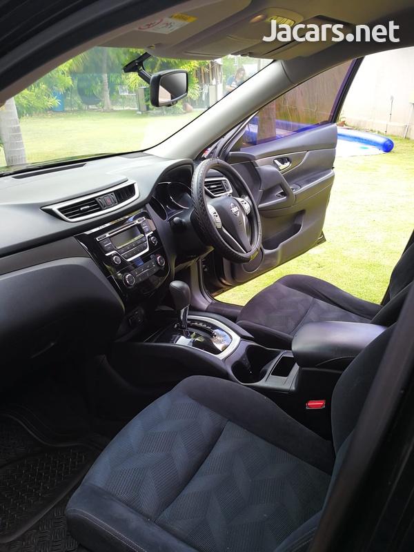 Nissan X-Trail 2,5L 2015-8