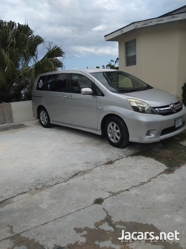 Toyota Isis 1,7L 2012-2