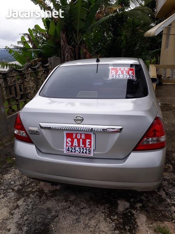 Nissan Tiida 1,5L 2011-1