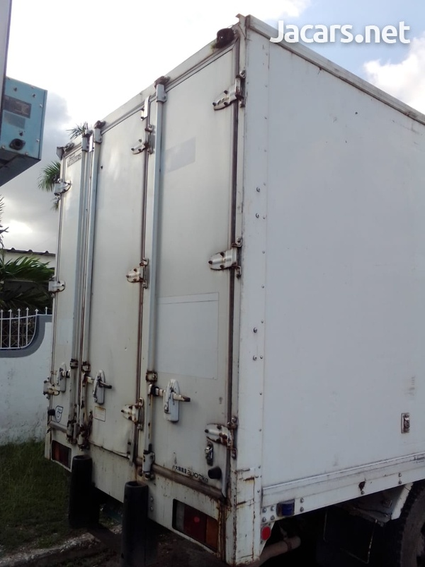 2005 Isuzu Elf Box Truck-2