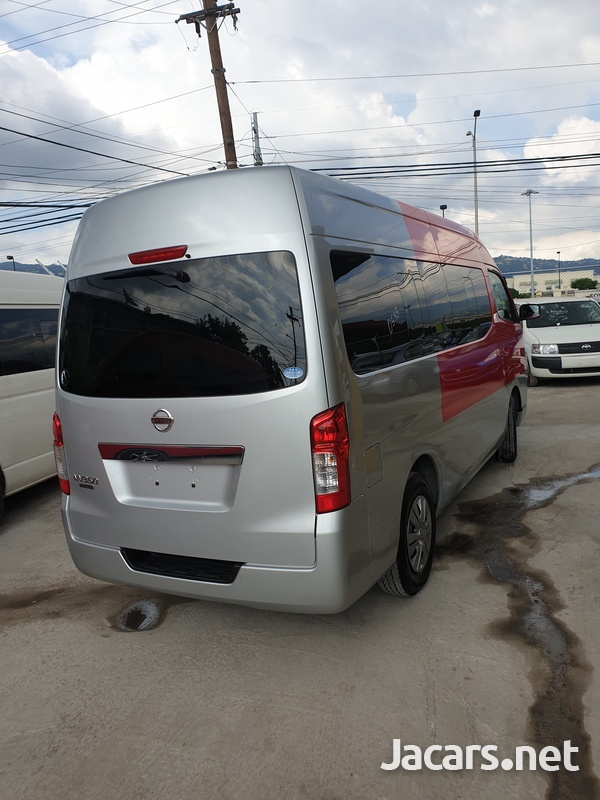 2014 Nissan caravan-4
