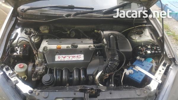 Honda Integra 2,0L 2001-4