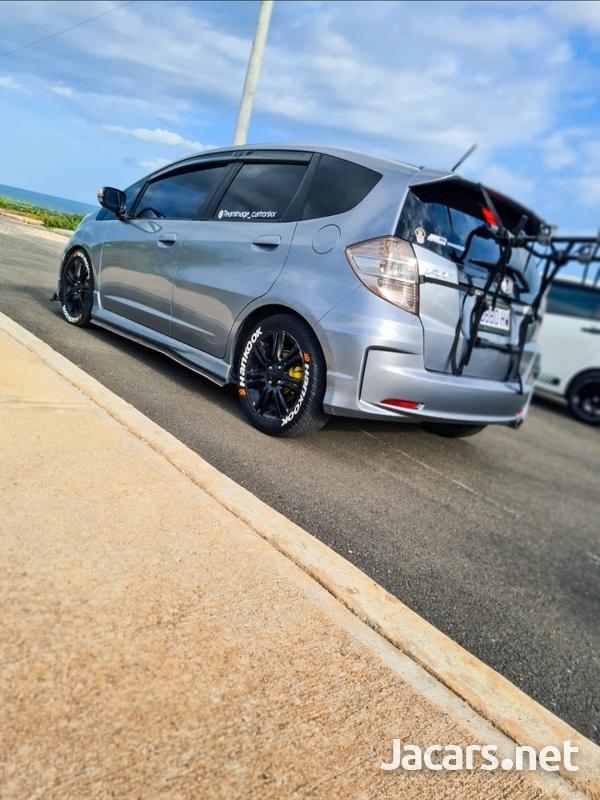 Honda Fit 1,5L 2011-1