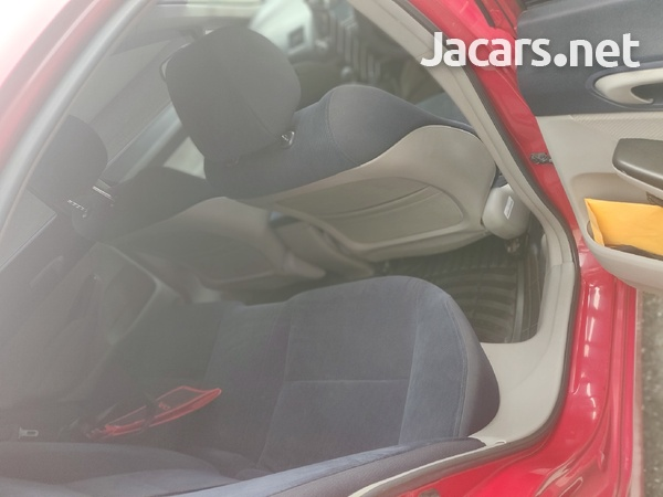 Honda Civic 1,8L 2010-5