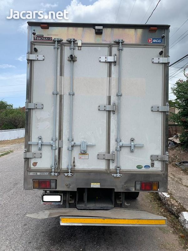 2011 Isuzu Elf Truck-3