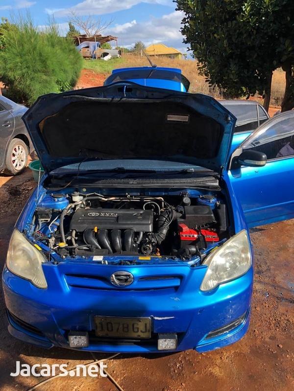 Toyota RunX 1,8L 2005-2