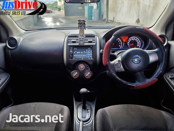 Nissan Versa 1,5L 2013-8