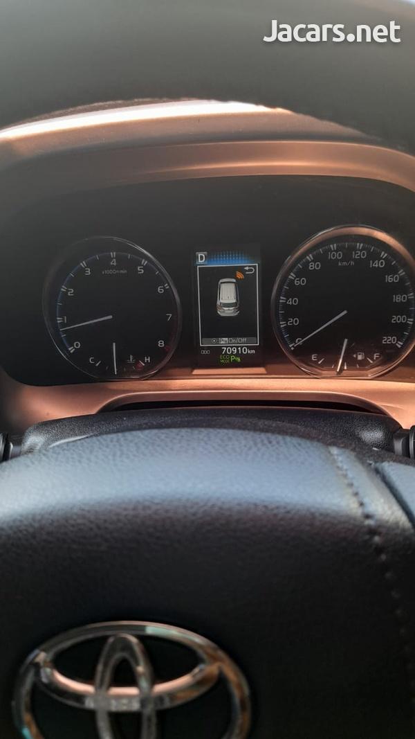 Toyota RAV4 2,5L 2016-3
