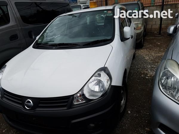 Nissan AD Wagon 1,5L 2013-1