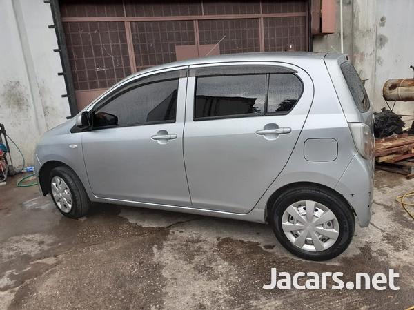 Daihatsu MIRA 1,0L 2013-5