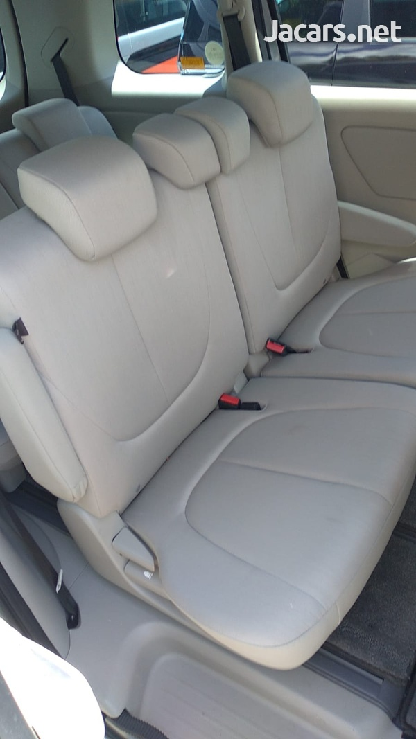 Mazda Biante 2,0L 2016-5