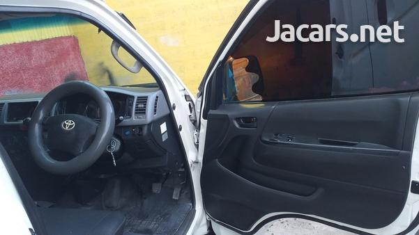 Toyota Hiace 3,0L 2010-7