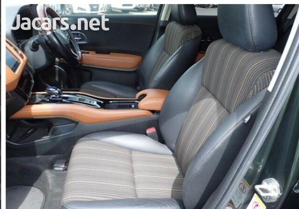 Honda Vezel 1,5L 2015-7