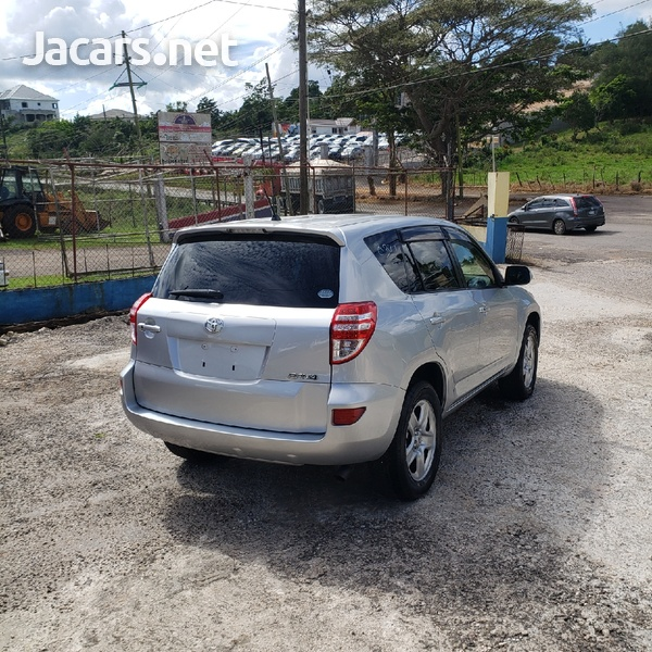 Toyota RAV4 2,4L 2014-6