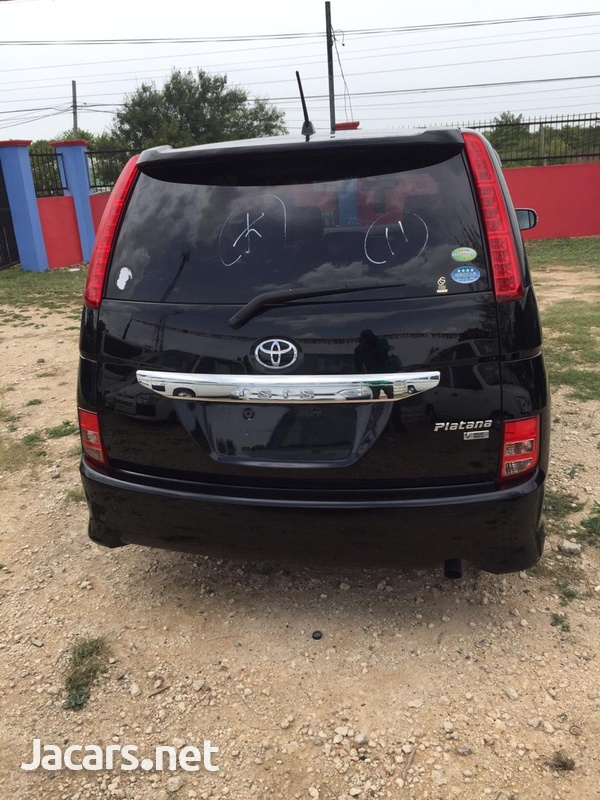 Toyota Isis 2,0L 2011-2