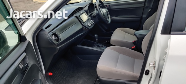 Toyota Axio 1,3L 2016-10