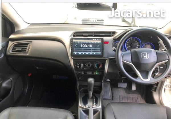 Honda Grace 1,5L 2017-4