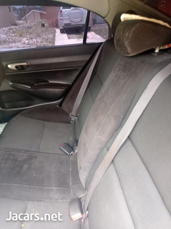 Honda Civic 1,8L 2010-4
