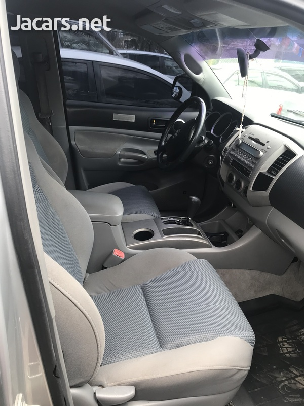 Toyota Tacoma 2,5L 2006-6