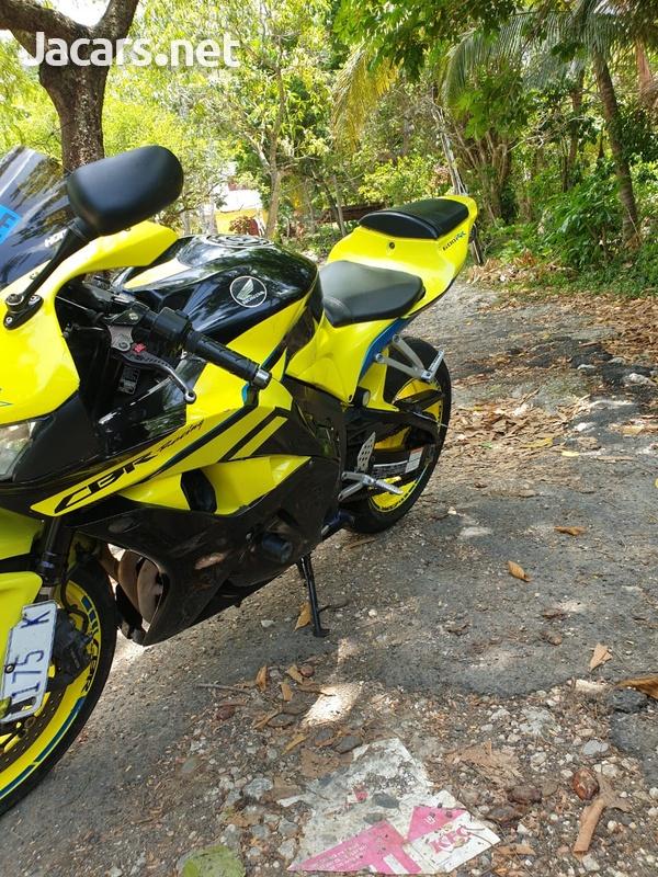 2009 Honda CBR 600rr-4