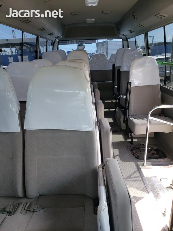 2012 Hino Liesse Bus-5