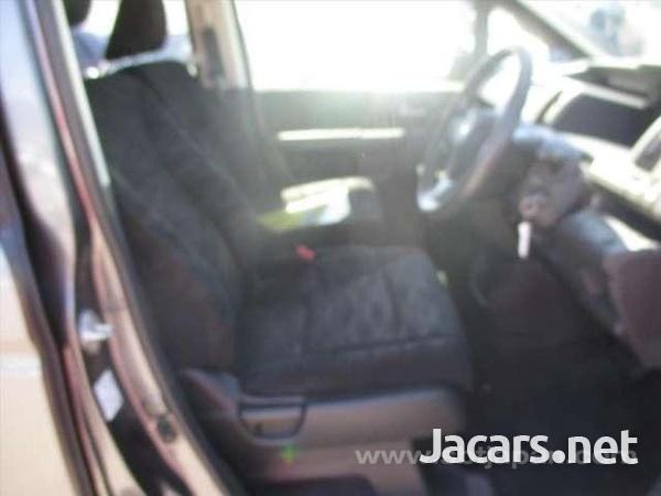 Vehicles Vans 2,0L 2013-6