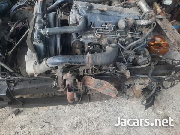 Isuzu 4HE1 Engines turbo intercooled-4