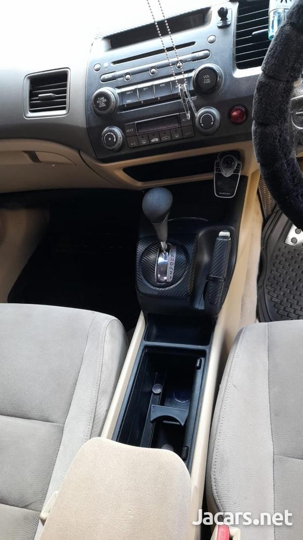 Honda Civic 2,0L 2006-6