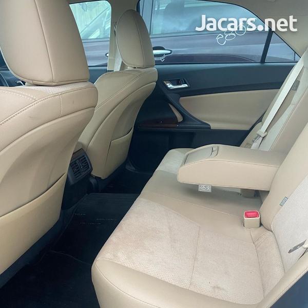 Toyota Mark X 3,5L 2012-2