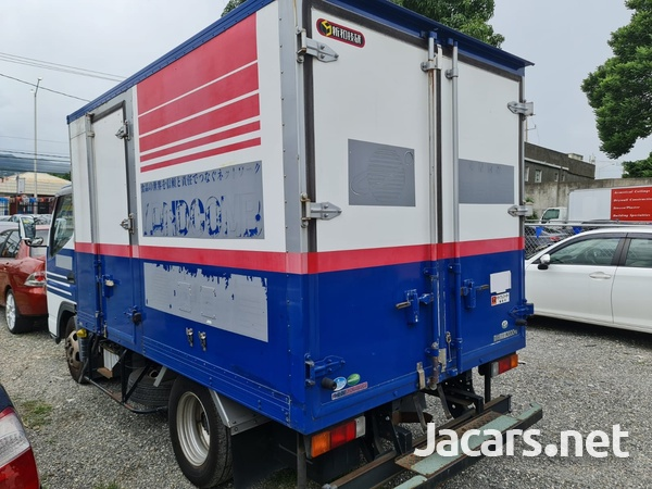 Mitsubishi Canter 3,0L 2012-3