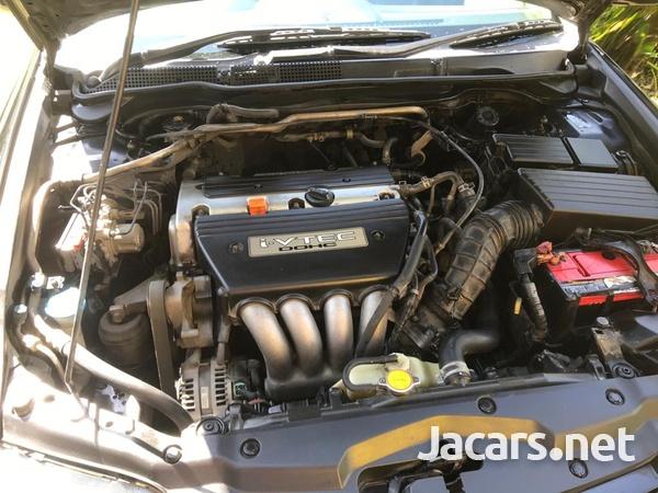 Honda Accord 2,0L 2005-3