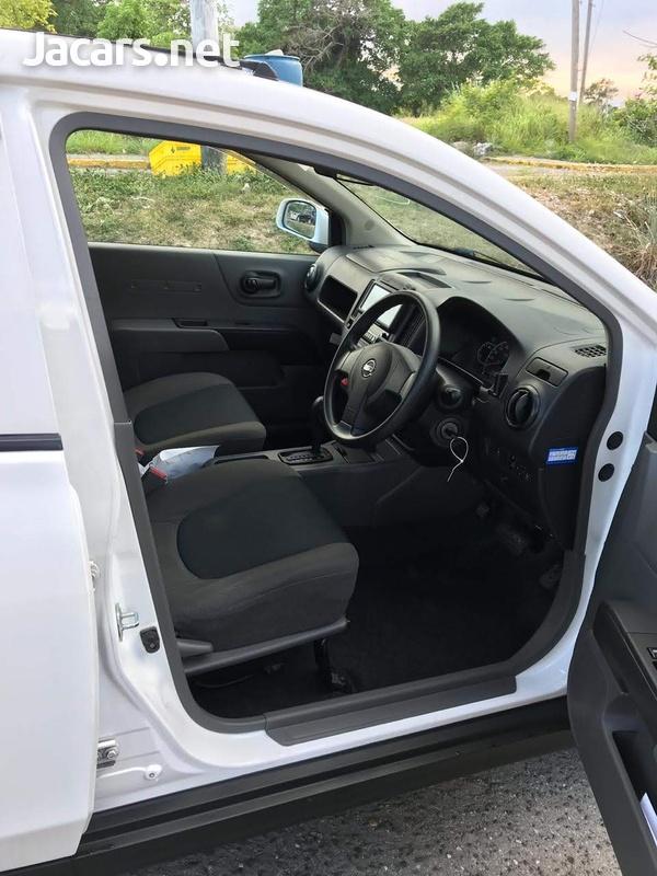 Nissan AD Wagon 1,6L 2014-4