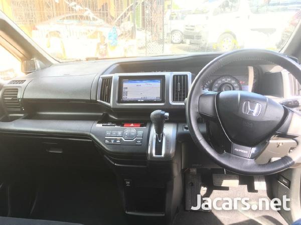 Honda Step wagon 2,4L 2010-4