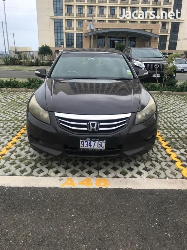 Honda Accord 2,4L 2012-1