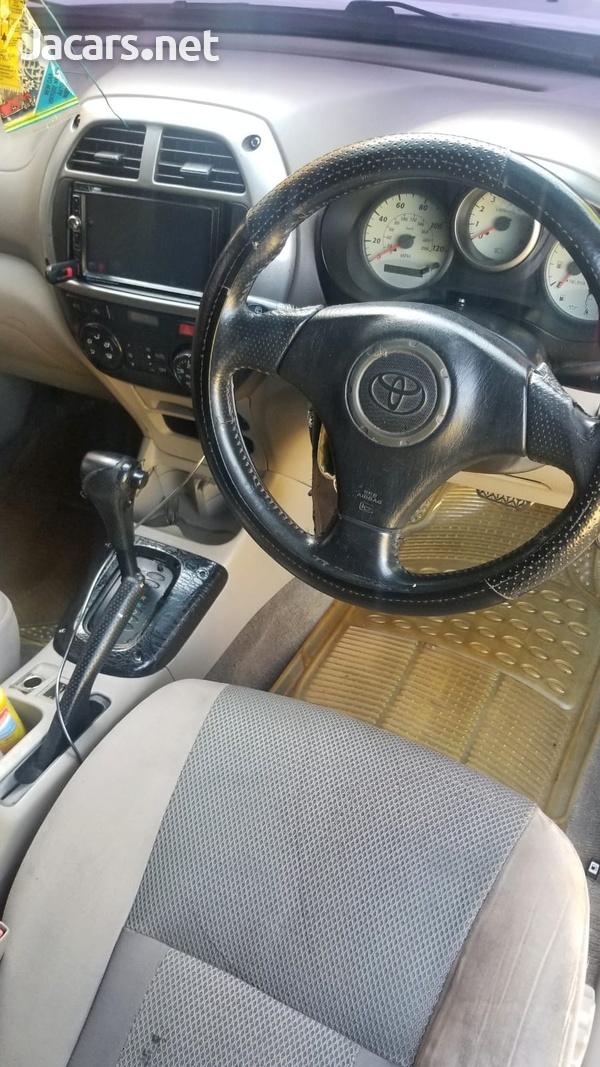 Toyota RAV4 2,0L 2001-4