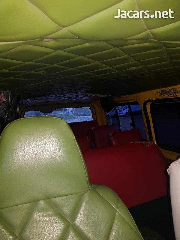 2012 Toyota Regiusace Bus-3