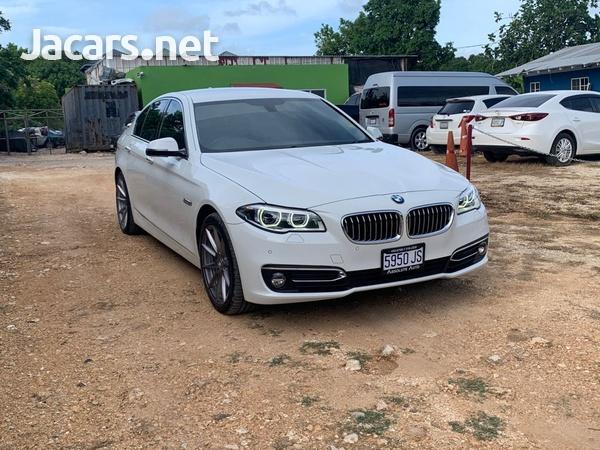 BMW 5-Series 2,0L 2015-1